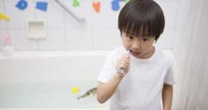 ¿Cómo debe darse el flúor? Guía para madres