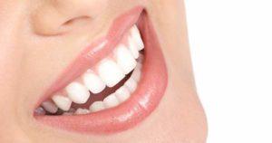 Cómo rejuvenecer la sonrisa con el Antiaging dental