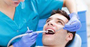 Conoce las consecuencias del envejecimiento en los dientes