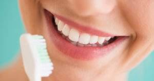¿Cuál es la relación entre la diabetes y la salud oral?