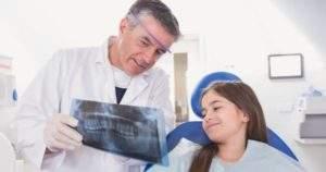 Descubre 7 síntomas que advierten cuando visitar al ortodoncista