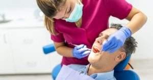 Las lesiones periodontales pueden causar virus de Epstein-Barr