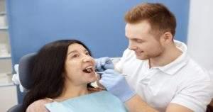 Revelamos 4 aspectos que afectan la salud dental del adulto mayor